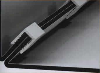 Соединение композитных панелей с помощью П-образного профиля